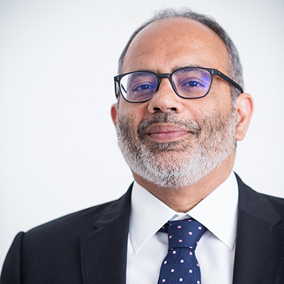 Dr Carlos Lopes