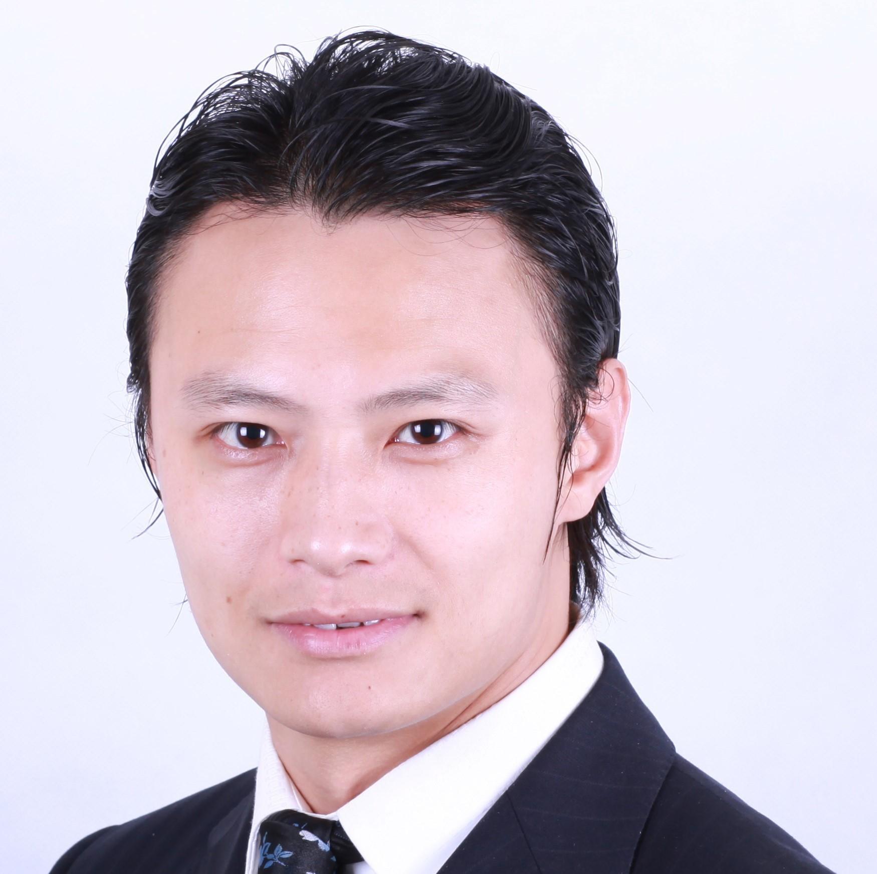 Zhilv Zhang