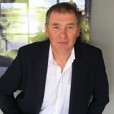 Dr. Jacek Guzek