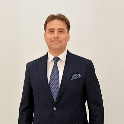 Олег Мельник