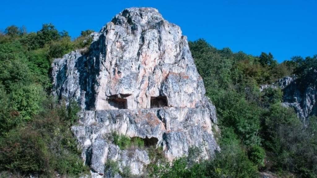 Монашеская обитель Тарапаната
