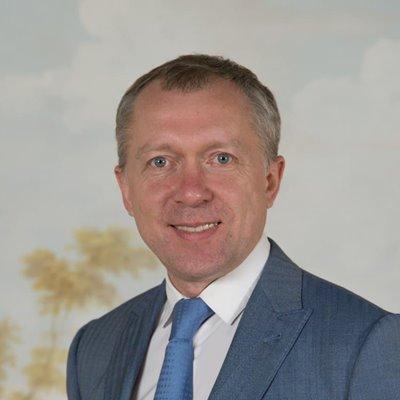 Андрей Нежкин