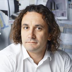 Юлий Борисов