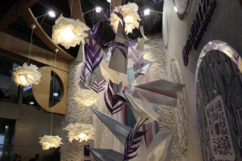Декор на выставке MosBuild