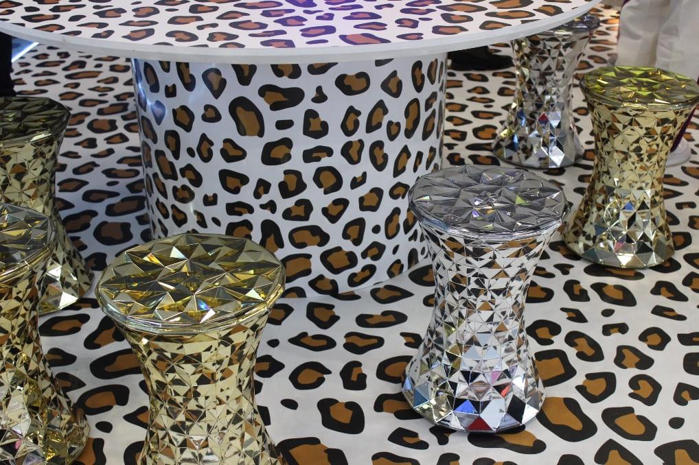 Дизайнерская мебель на выставке MosBuild