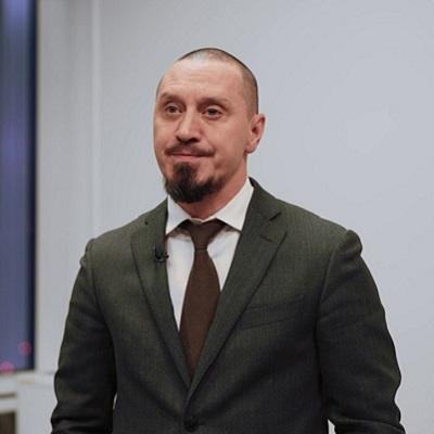 Давид Оганезов