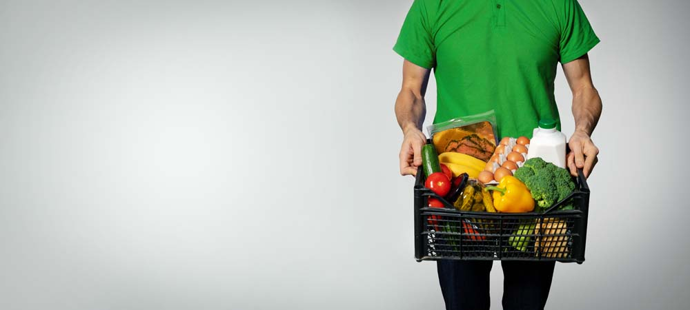Supermarkets in Russia have doubled their revenues from online food deliveries.